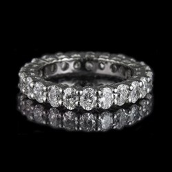Picture of diamond ring